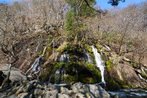 清里 吐竜の滝.jpg