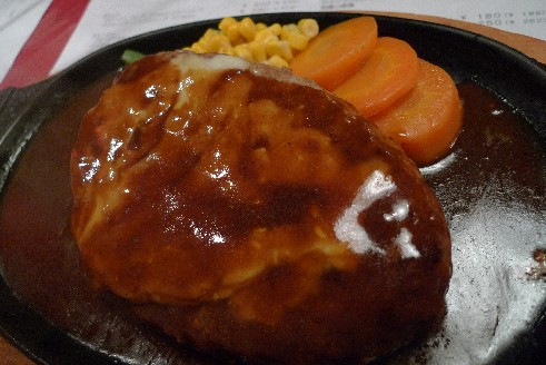 セントバッファローのジャンボチーズハンバーグ.jpg