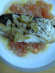 白身魚のサルサ風フレッシュトマトソース