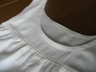 ハンドメイド 白チュニック 襟