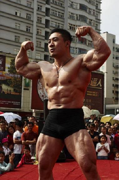 中国 ゲイ マッチョ