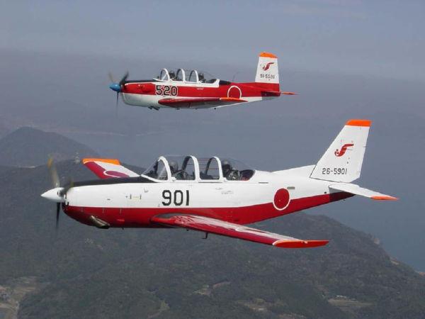 T-7初等練習機