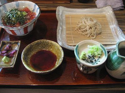 鉄火丼と蕎麦.jpg