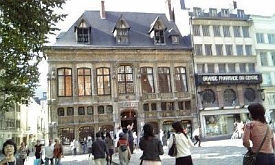 モネがアトリエにした建物