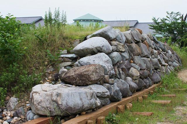 石垣の構造見本・・・