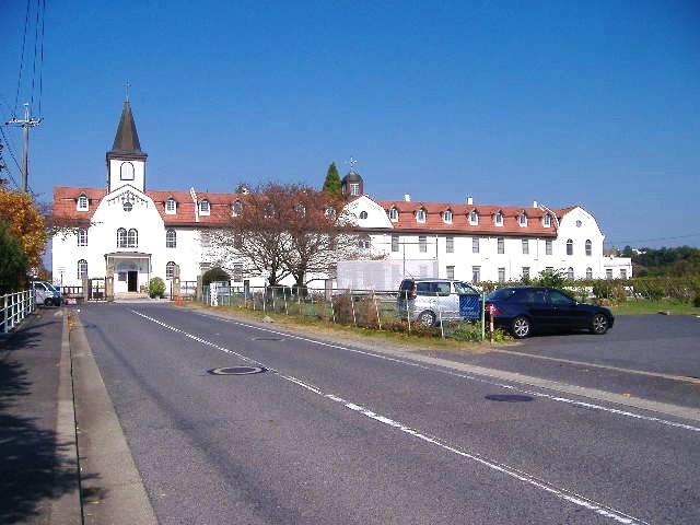 多治見市 修道院