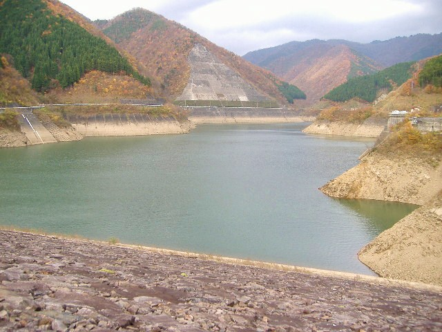 上大須ダムよりの景色