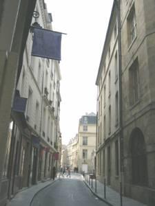 パリ小道1