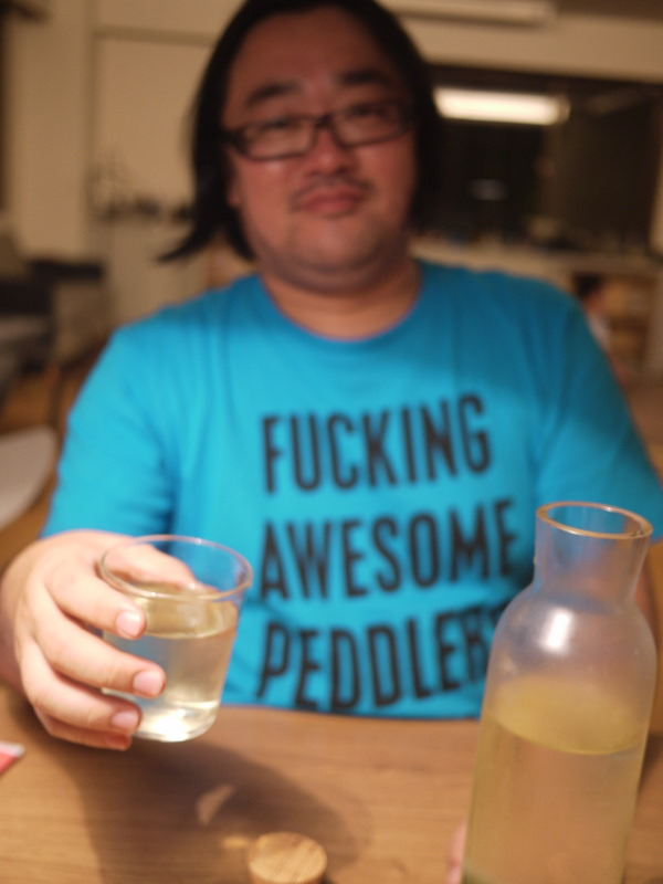 最近買ったTシャツなんだけど、なんて意味なんだろうードキドキ―的なー.JPG