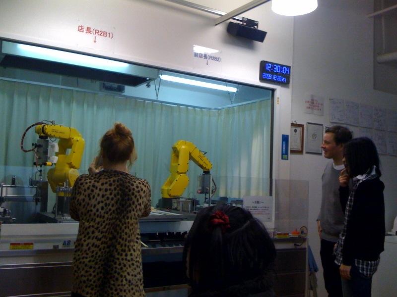 実はロボットが大好きなハーパニエミ王子.jpg