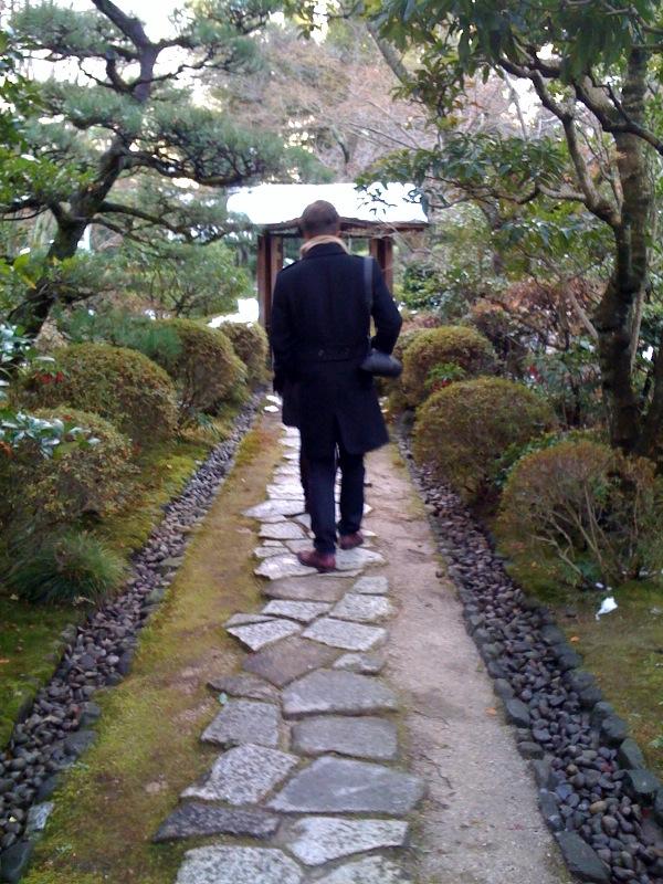 前回日本に来たときは苔の職人さんにお会いしたそうな.jpg