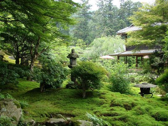 3 庭園3.JPG