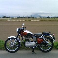 バイクと筑波山