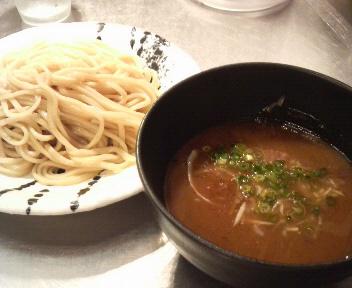 ほん田 濃厚豚骨魚介つけ麺