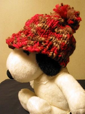 100均の毛糸で編んだ帽子