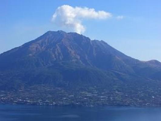 桜島山の眺望・神の原拘りの直線.jpg