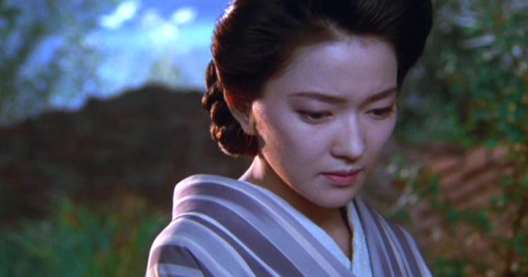 浴衣姿の羽田美智子。