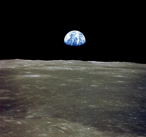 地球の出.jpg