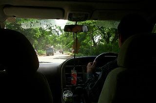 カンボジアのドライバー