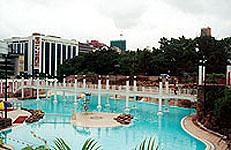 九龍公園プール