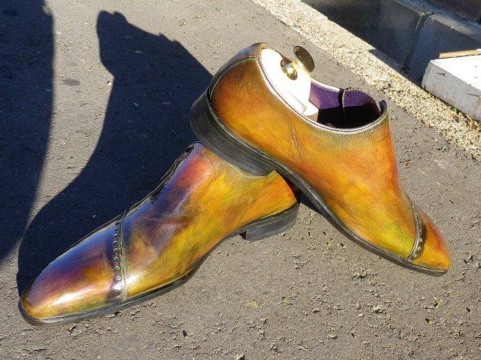 靴磨き、鏡面磨き、ピカピカ靴磨き、染め替え、パティーヌ1