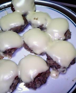 お弁当用手作りチーズハンバーグ♪