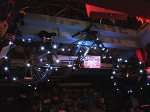 2007_1204自転車ツリー.JPG