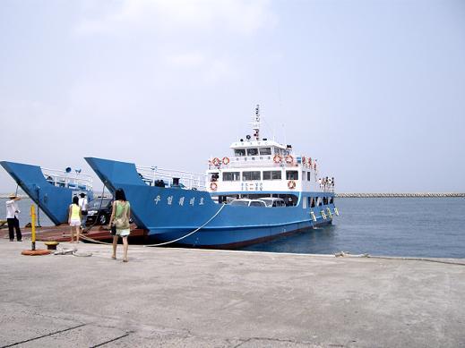牛島への船.JPG