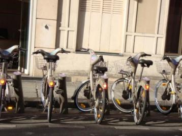 パリのレンタル自転車