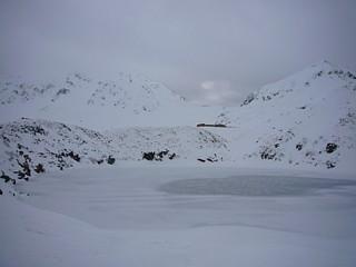 結氷ミクリガ池