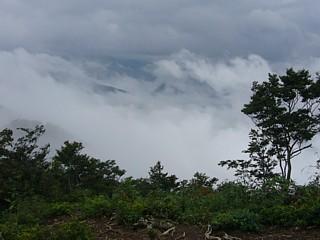 山頂から称名滝方面