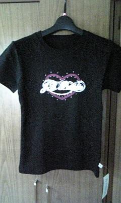 黒Tシャツ