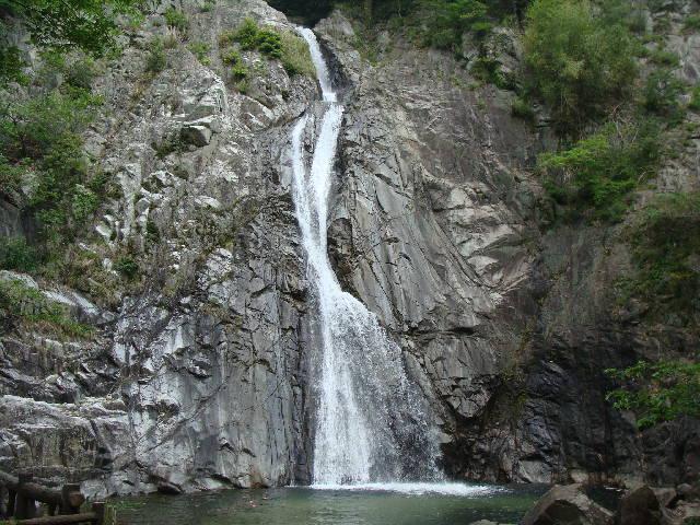 布引の滝 新神戸