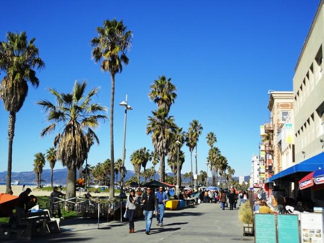 ヴェニスビーチ ロサンゼルス