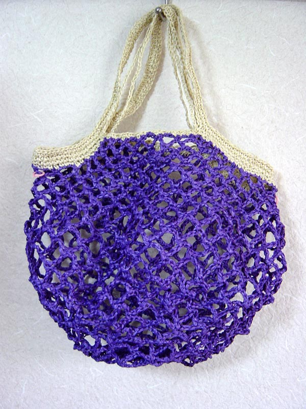 ハマナカアンダリアでネット編みバッグ