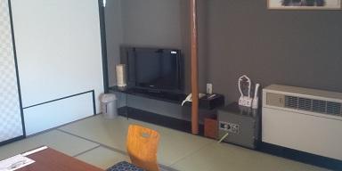 ホテルの部屋02-201111.jpg