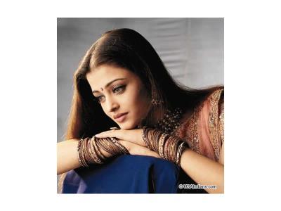 ラクシュミーさんの魂の姉妹の女優さんです。