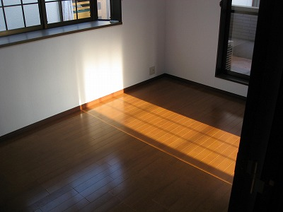新2F左洋室