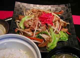 粋(すい) 野菜炒め定食 580円