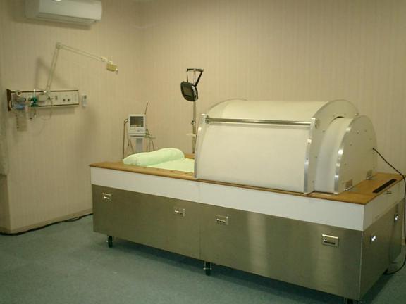 大型温熱療法装置.JPG