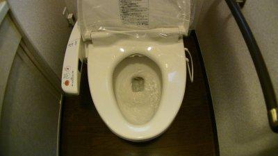 1Fトイレの排水