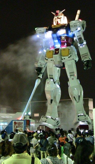原寸大の「RX-78-2 ガンダム」@静岡