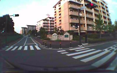 ドライブレコーダー「パパラッチ」によるLED信号の撮影