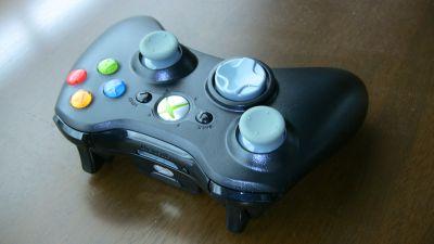 Xbox360のワイヤレスコントローラー(ブラック)