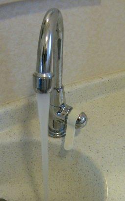 の手洗い収納カウンター用水栓(修正後)