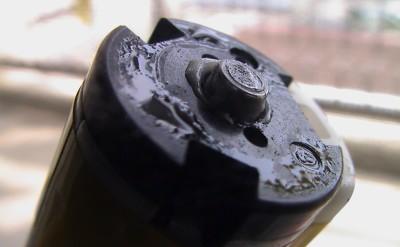 電動歯ブラシが折れた部分1