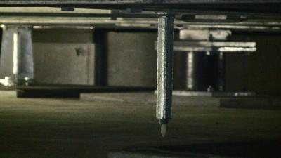 免震装置の変位計
