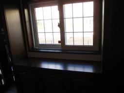 シューズボックス内に設けた窓からの採光