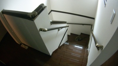 一条工務店の階段手すり追加工事(2階から)