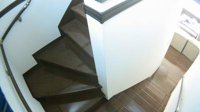一条工務店の階段手すり追加工事(踊り場施工前)